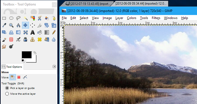 TidyTabs lets you create tabs in GIMP