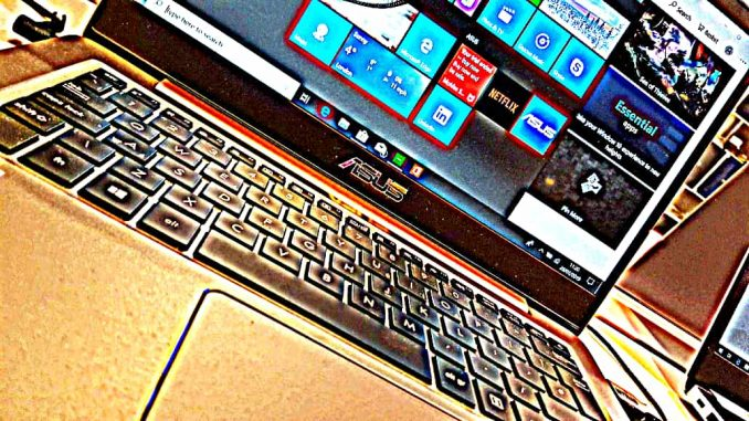 Windows laptop computer photo with effects