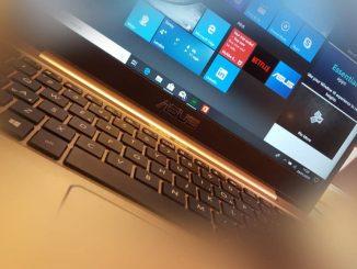 ASUS laptop computer running Windows