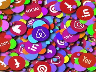 Social media images, icons and badges